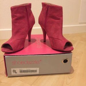Pink Shoe Dazzle sz 8 open toe bootie